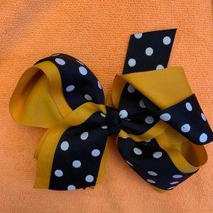 Black & Gold polka-dot bow